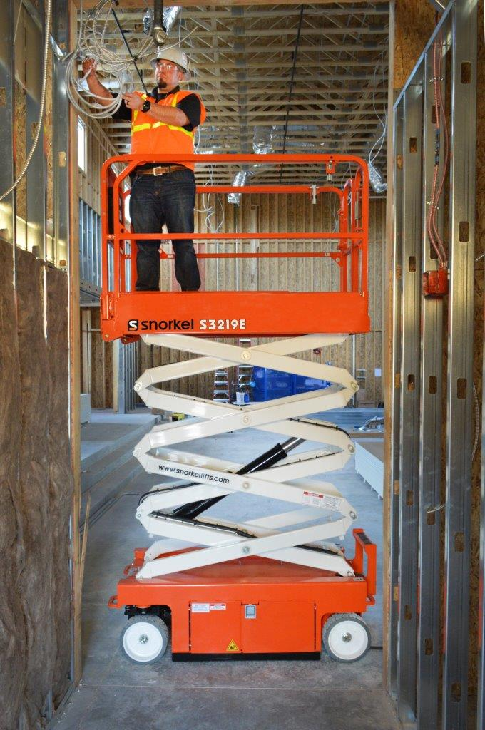 Snorkel Electric Scissor Lifts Southern Minnesota Inspection